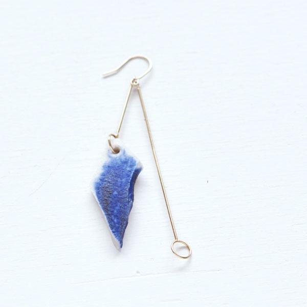 earring [a]