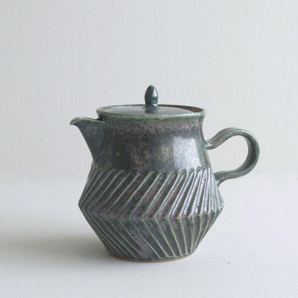 tea pot [oribe]